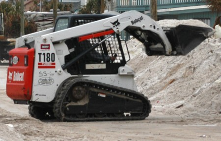 Compact_tracked_loader_Bobcat_T180